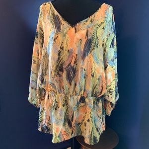 Sunny Leigh cold shoulder blouse 0X